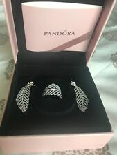 "AUTHENTIC PANDORA ""LIGHT AS A FEATHER"" 925 Sterling Earrings w/Hooks w ring siz6"