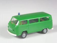schön: Brekina VW T2 Bus Polizei grün