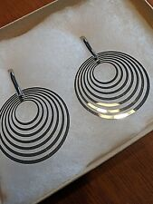 earrings - gift ideas light weight metal circles