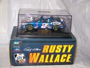 2000 RUSTY WALLACE 1/24 REVELL MILLER LITE HARLEY DAVIDSON 1 OF 3120