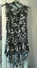 Woman's Black/White Long Top Size 16