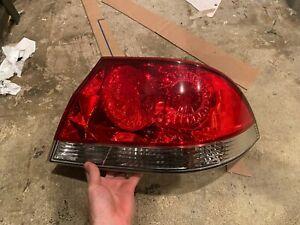 2004-2007 Mitsubishi Lancer Passenger Side Right Taillight Tail Light