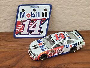 2016 #14 Tony Stewart Mobil 1 1/64 NASCAR Diecast Loose Wave 4