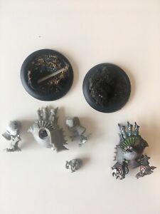 2 x Cryx Nightwretch Light Warjacks Warmachine Hordes (Used)