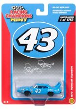 1970 PLYMOUTH SUPERBIRD PETTY #43 1/64 MINT RACING CHAMPIONS RCSP001