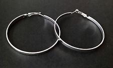 Idée cadeau Bijoux Fantaisie:Boucles d'oreilles créoles argentées 6 cms x 4 mms
