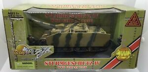 Ultimate Soldier 99317 Camo Sturmgeschutz IV Tank W/ Side Skirts & 2 Crew 1/32