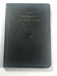 Vintage soft cover New Testament Red Letter Edition World Publishing Co.