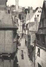 INDRE- ET- LOIRE. Chinon. La rue du Vieux- Carroi 1900 old antique print