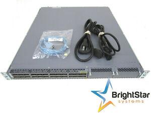 Juniper QFX5100 24Q 3AFI 24 Qsfp + Anschlüsse 2 Expansion Schlitze Dual SFP /