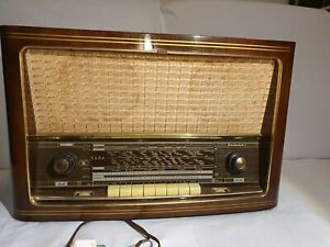 Saba Freudenstadt 8 Röhrenradio