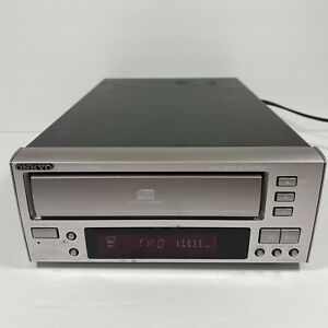 Onkyo C-707CHX 3 Compact Disc CD Changer Player for PARTS ONLY