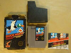 Nintendo NES DUCK HUNT Vintage Video Game Cartridge & Box & Wrong Manual WORKS