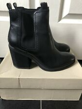 Womens Black Leather CLARKS CLEMENTINE SUN Boots Uk Size 6D  *WOW*