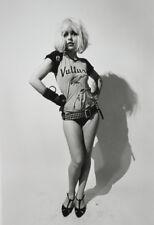 "Debbie Harry UNSIGNED 6"" x 4"" photo -N135- Lead singer of punk rock band Blondie"