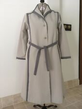 WOMENS,VINTAGE, RAIN RAMBLERS, POLYESTER TRENCH COAT SIZE 14, CREAM/GREY , # 585