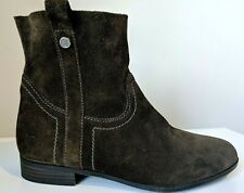 FRYE & CO. Sarah Shortie SUEDE Leather ANKLE BOOTS Pull On Size 8 M Brown