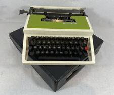 Machine à écrire Union 320 Verte et blanche vintage Entièrement révisée