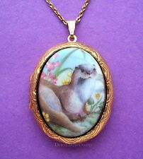 """Otters! Darling Porcelain """"Otter"""" Cameo Costume Jewelry Locket Pendant Necklace"""