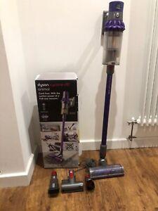 Dyson V10 Animal cordless vacuum cleaner