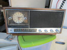 Realistic Transistor Radio 12-1481 AM/FM Tested WORKS