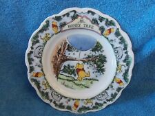"""Royal Doulton Winnie The Pooh Collection Disney """" Honey Tree """" 8"""" Plate"""