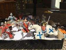 Assorted Knights And Horses Figures X 14