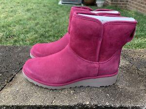 NWT Box Ugg Kristin Pink Boots Size 8