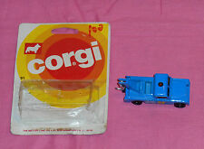 vintage Corgi LAND ROVER diecast vehicle with card