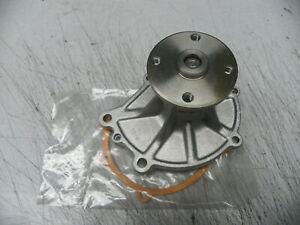 21010-21089 NOS Nissan Datsun Water Pump 200SX 510 521 610 620 720