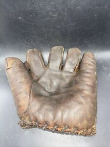 Antique vintage  Baseball glove Has Make On It, But Can't Read It!