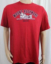 Mount Rushmore National Monument Since 1941 Red XL T-Shirt