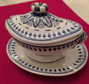 Ancien sucrier à poudre en porcelaine de Tournai