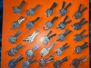 25 Sets (2 Keys Per Set) Kwikset Factory Pre-Cut Keys- Locksmith- NEW