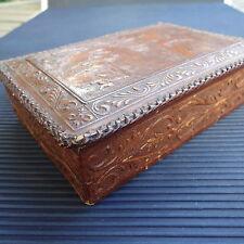 Boîte Cig. Ancienne Cuir  Bois Beaux Détails Art. Espagne 14,5 x10x 4 Cm 178 Grs