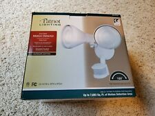 Patriot Lighting Dual Head Motion Detector Outdoor Flood Light New *NIB* White