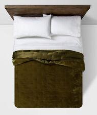 Opalhouse Tufted Velvet Stitch Quilt King Size Moss Green Nwop Boho