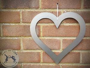 2 x Metal love HEART ready to rust. Wall hanging Outdoor garden indoor