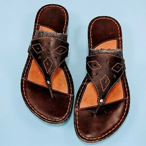 BORN Womens Size 8 Brown Leather Thong Embroidered T Strap Slide Sandals Shoes