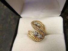 Vintage Vintage Retro Design 14k Sold Yellow Gold Twist Diamond Ring Design