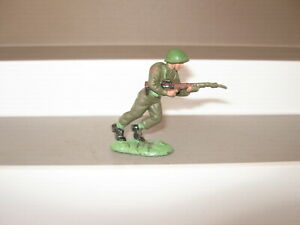 Britains herald khaki infantry 1 running  green plain helmet good condition