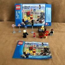 8401 LEGO complete minifigure collection City town street corner box