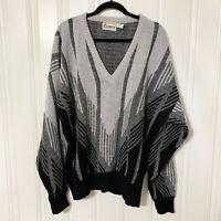 London Fog 2X Men's Vintage Wool Gray, Black V-Neck Geometric Grandpa Sweater
