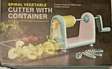 SPIRAL VEGETABLE CUTTER WITH CONTAINER WITH 5 DIFFERENT KINDS OF BLADES