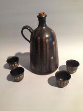 Magerethenhöhe Studio-Keramik Schnaps-Set Kanne + 4 Pinnchen