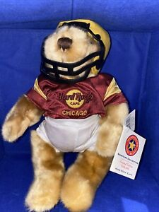 HARD ROCK CAFE - CHICAGO FOOTB ALL PLAYER BEAR- LIMITED EDITION -#104 -NWT