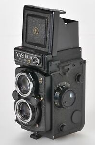 Yashica Mat-124G Medium Format TLR Film Camera Photography 80mm 3.5 lens no case