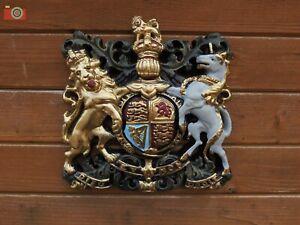 ROYAL COAT OF ARMS, LARGE WALL PLAQUE. Crest, Warrant, Queen Elizabeth.
