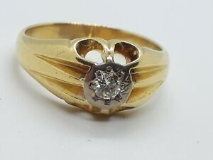 18ct gold diamond Solitaire  gypsy ring size S heavy  7.5 grams