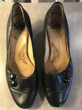 Sofft Black Leather Upper Size 6.5. T3